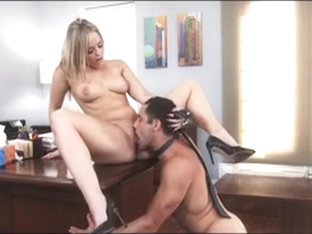 Big Booty Blonde Boss Fucked On Desk Alexis Texas
