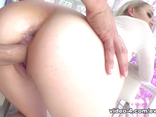 Anny Aurora in Anny's Anal Reaming & Pussy Creampie - EvilAngel