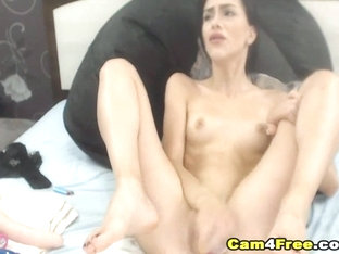 Gorgeous Babe Fucking Herself And Squirt