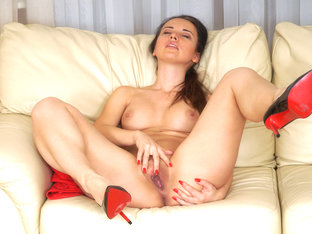 Lia in Sensitive Clit - Anilos