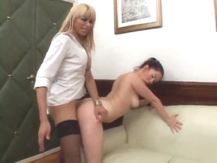 Lustful Tranny Catches A Babe