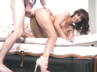 Busty Hoe Isis Love Gets Bonked By Hung Photographer
