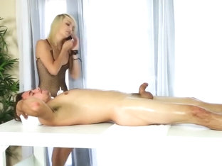 Teen masseuse rides cock for cumshot