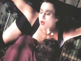 Embrace of the Vampire (1995) Jennifer Tilly