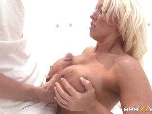 Milfs Like it Big: Pork Me. Alura Jenson, Danny D