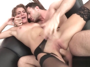 Bang Casting Rebel Lynn It Pays To Be Rough