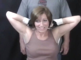 mo teaches you how to tickle her armpits