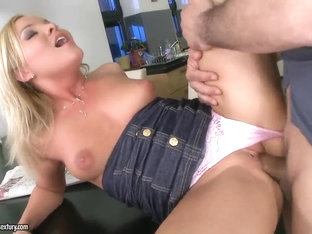 Nice Salome bangs with her neighbor and lets him do naughty things