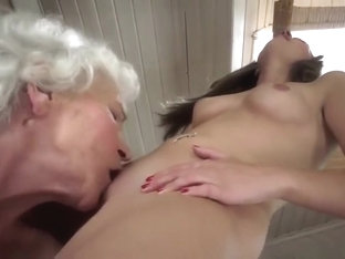 Pleasing UK Gianna Nicole in love with the facials