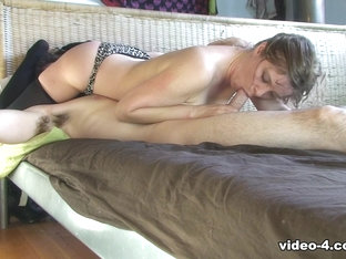 Stepsister Deep Throat - ErinElectra