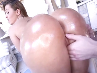 Biggest Latina Ass Pounded : SNAPCHATT ALEXISFOX29 For More