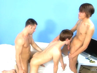 Lucky Twink Boys Both Get It! - Dean Holland, Nathan Stratus Tristan Jaxx - TwinklightTV