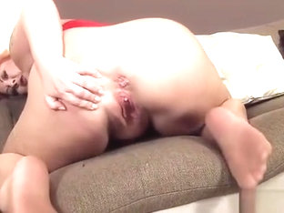 Sexy Czech Teenie Spreads Her Juicy Snatch To The Extreme