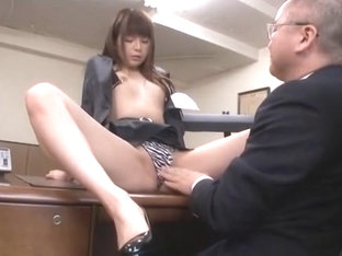 Amazing Japanese whore Riri Kuribayashi in Fabulous Cunnilingus, Couple JAV scene