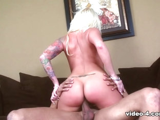 Deep Drilling For Angel Vain'S Shaved Pussy - Upox