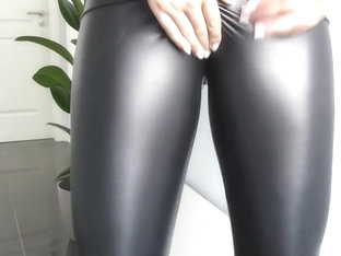Leather Fetish Girls