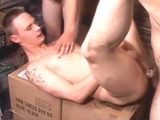 Twink gets spit roasted in threesome - Factory Video