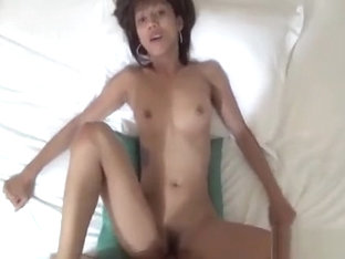 Luscious Oriental Slut Favors Her Chap With A Great Blow