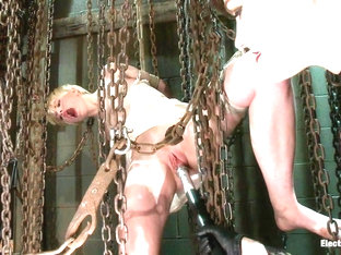 Alani Pi  Bobbi Starr in Electric Chains Keeps Her Captive - Electrosluts