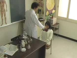 Legal-age Japanese teen got fingered by a medical doctor