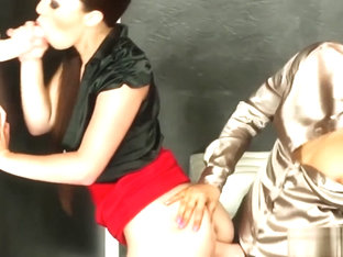 Gorgeous Jenna Lovely and Tiffany Doll gets freaky for bukkake