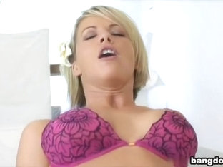 Kayla the anal banging house wife