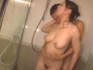 Horny Japanese model Hinata Komine in Hottest Shower, Couple JAV clip