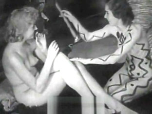 Naked Body Paint and Hairy Cunt Dancing (1940s Vintage)