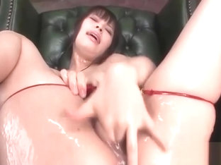 Lovely Kyouko Maki slides a dildo into her cunt