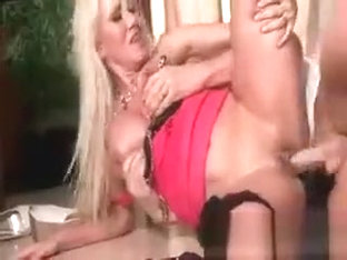 Sexy blonde hoe Alana Evans gets fucked