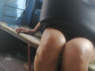 Boso Jeep. Pretty Office Girl Puti Kinis Legs BLACK PANTY!
