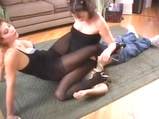 Double Pantyhose Facesiting and Foot Worship