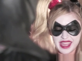 Harley Quinn ready for her favorite superhero to fuck her