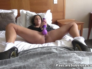 Amirah: Wanking Just For You - PascalsSubsluts