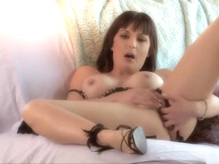 lily paige shows her hairy pussy dd