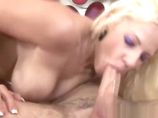 Juicy golden-haired MILF Lylith Lavey