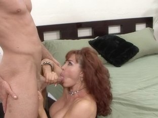 Sexy Vanessa in Mature Hardcore Video