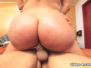 Daniela in Big Booty   - IKillItTs
