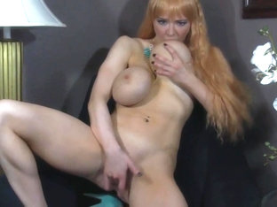 Bimbo Barbie With Plastic Tits Pounds Her Cunt