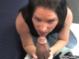 Kendra Secrets takes a BBC in front of her son