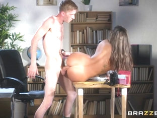 Susy Gala & Danny D in Foot Clerk At Work - BrazzersNetwork