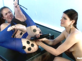 Casey Calvert & Bobbi Starr in Casey Calvert Electrocuted And Ass-Fisted By Bobbi Starr - Electros.