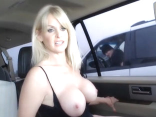 Slut Is Sucks Cock In The Car