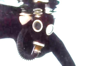 Underwater in gas mask