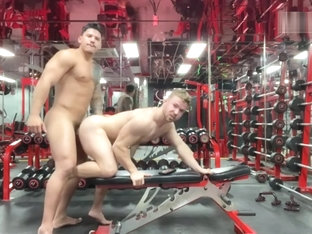 Latin Stud Fucks his Gym Partner