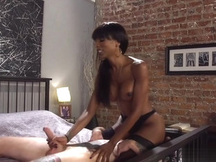 Big booty ebony shemale fucking male