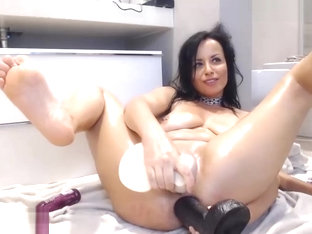 Double dildo anal penetration live on Kakaducams com