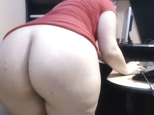 mature lady in office webcam JAMEYLA73 cb part 2.