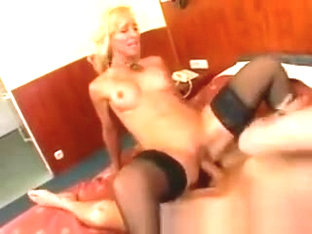 Victoria Pleases Her Partner And Gets A Mouthful