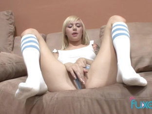 Teen Emma Mae creampie older guy